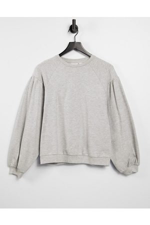 Only Sweatshirt with volume sleeves in