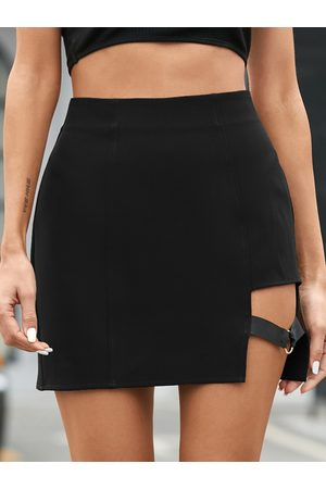 YOINS Cut out Slit Hem Mini Skirt