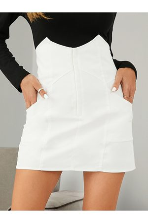 YOINS Side Pockets High Waisted Mini Skirt