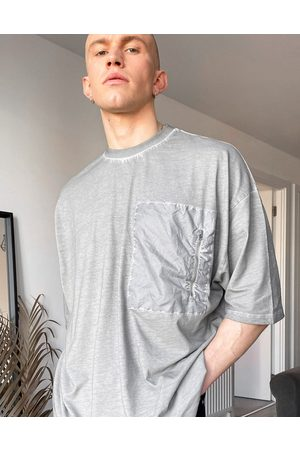 ASOS Men T-shirts - Oversized t-shirt in washed grey with nylon pocket