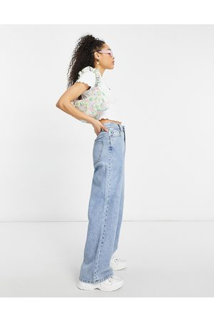 ASOS High rise 'relaxed' dad jeans in lightwash