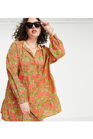 Native Youth Women Casual Dresses - Smock dress with high pleated collar in leopards print
