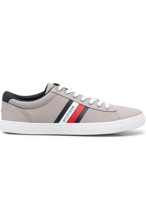 Tommy Hilfiger Stripe-detail sneakers