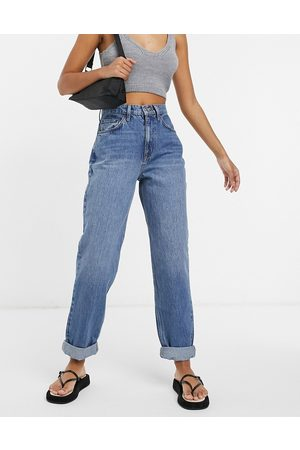 ASOS High rise 'slouchy' mom jean in midwash