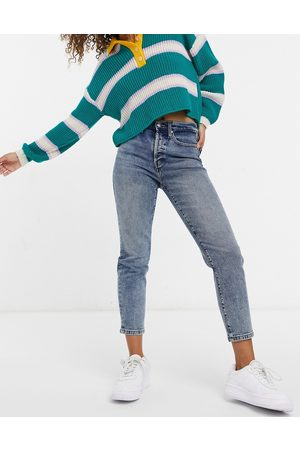 ONLY Josie slim leg jeans with high rise in medium