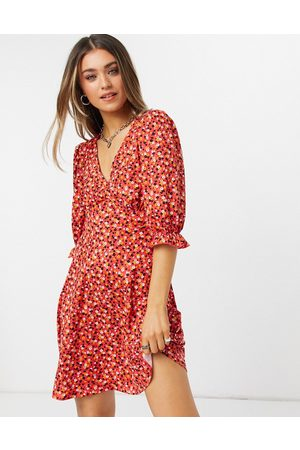 New Look Women Casual Dresses - V neck tea dress in floral