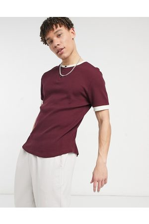 ASOS Men Short Sleeve - Waffle grandad t-shirt with contrast ringer in burgundy