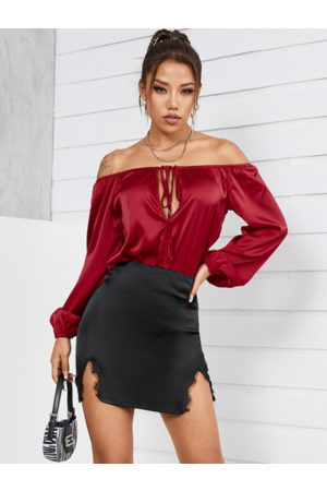 YOINS Cut Out Design Off The Shoulder Long Sleeves Blouse