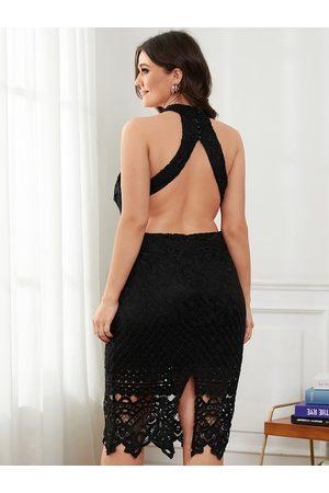 YOINS Plus Size Halter Hollow Design Backless design Sleeveless Midi Dress