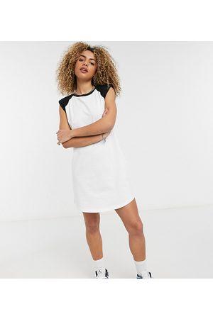 Noisy May Exclusive raglan t-shirt dress in white-Multi