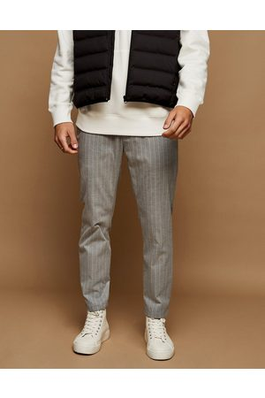Topman Men Joggers - Stripe skinny joggers in and white