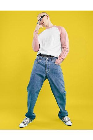 ASOS DESIGN Men Straight - Straight leg jeans in mid wash