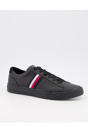 Tommy Hilfiger Corporate leather trainer with side logo in