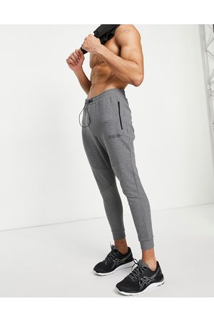 HIIT Training tech joggers in charcoal