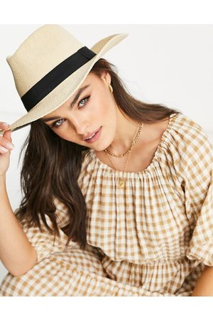 ASOS Straw fedora hat with black band in natural-Neutral