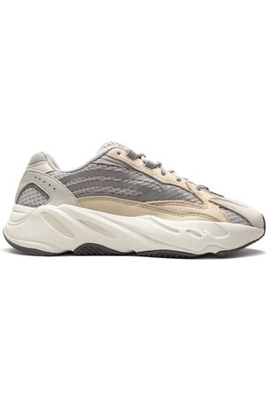 "adidas Yeezy Boost 700 ""Cream"" sneakers"