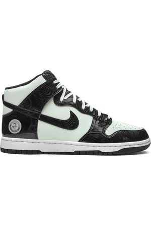 Nike Dunk High SE sneakers