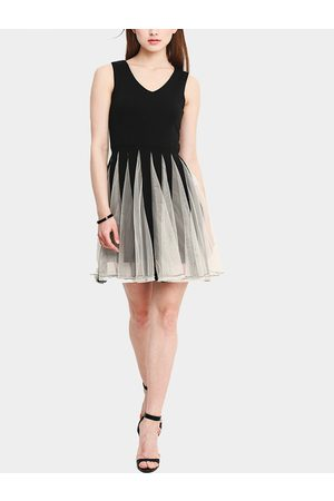 YOINS Women Sleeveless Dresses - Contrast Color Stitching Design Sleeveless Ruffled Hem Mini Dress