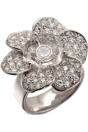 Carrera 18kt white gold diamond Gardenias Flower medium ring