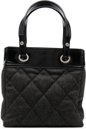 CHANEL Diamond-quilted tote bag