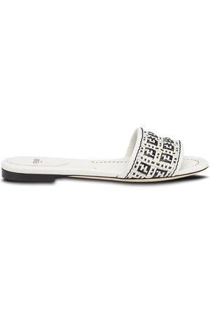 Fendi Two-tone interwoven flat sandals