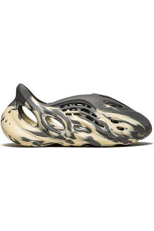 """adidas Foam RNNR """"MXT Moon """" sneakers"""
