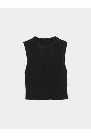 YOINS Sleeveless Crop Top in Knit
