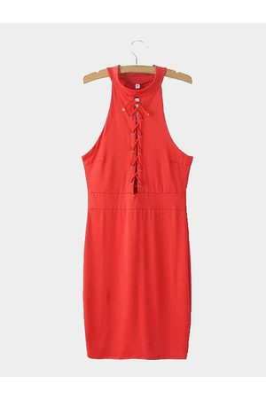 YOINS Sleeveless Lace-up Front Midi Dress