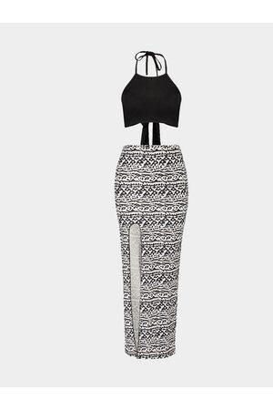 YOINS Crop Top & Tribal Print Skirt Co-ords