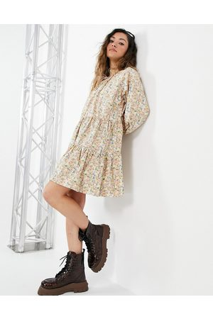 ONLY Smock dress with tiering and tie neck in floral print-Multi