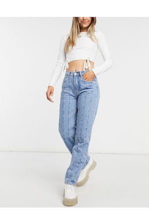 ASOS Women Straight - Mid rise straight leg jean with seams in midwash