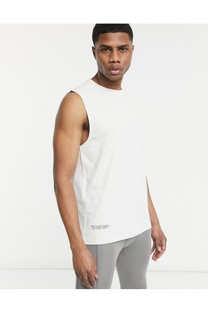 HIIT Yoga high neck vest in off white