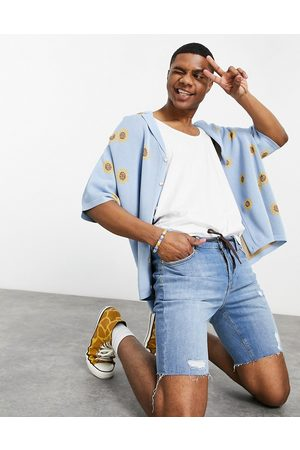 ASOS Skinny denim shorts with power stretch in light with raw hem and abrasions