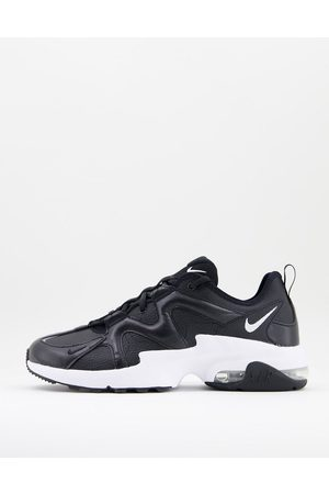 Nike Air Max Graviton Lea Trainers-Multi