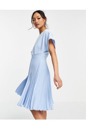 Closet Wrap front pleated skater dress in pastel
