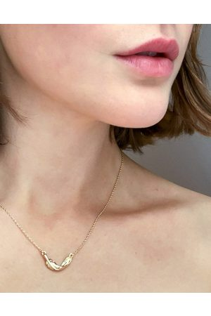 DesignB London Necklace in with twisted feather