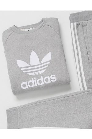 adidas Sweatshirt with large trefoil in heather