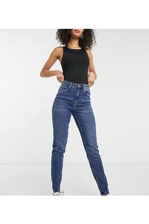 Vero Moda Joana mom jeans in medium