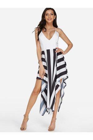 YOINS Stripe Pattern Criss Cross Back V-neck Backless Dress in