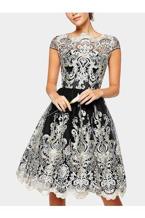YOINS Crochet Lace Hollow Big Hem Party Dresses