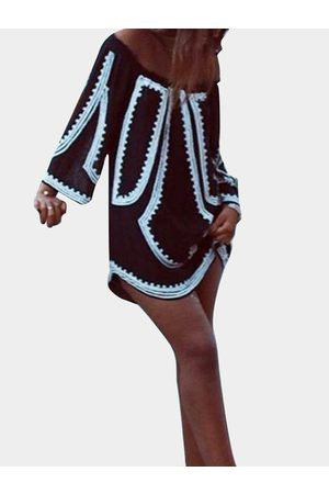 YOINS Geometrical Print Off Shoulder Mini Dress