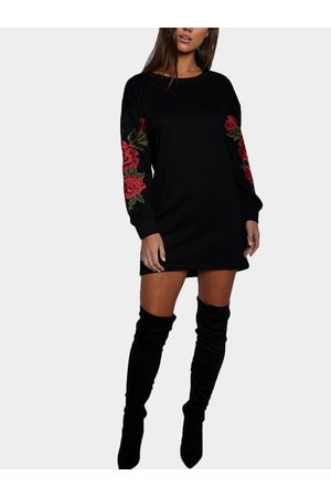 YOINS Rose Embroidered Long Sleeves Sweatshirt Dress