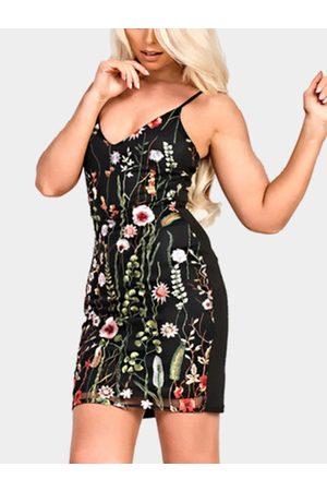 YOINS Sexy Embroidery Pattern Cami Bodycon Dress