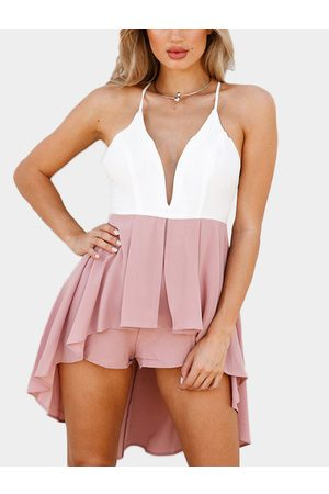 YOINS Deep V-neckline Criss-Cross Back Playsuit