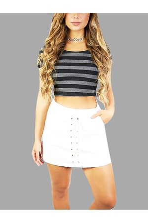 YOINS Grey Strip Crop Top With Short Sleeves