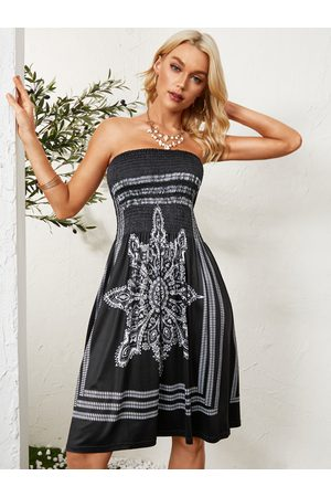 YOINS Tribal Print Shirring Strapless Sexy Midi Dress