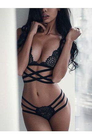 YOINS Sexy Lace Criss-cross Lingerie Set