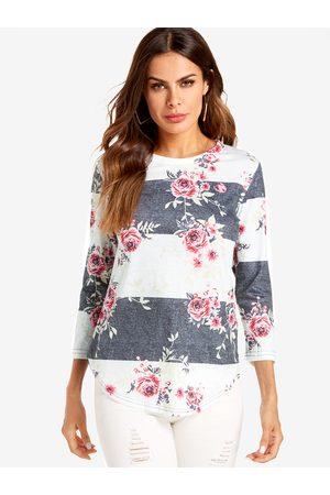 YOINS White Random Floral Print 3/4 Length Sleeves Curved Hem T-shirts