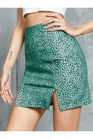 YOINS Leopard Slit Hem Mini Skirt