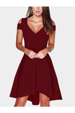 YOINS Cut Out Cold Shoulder V-neck Mini Dress